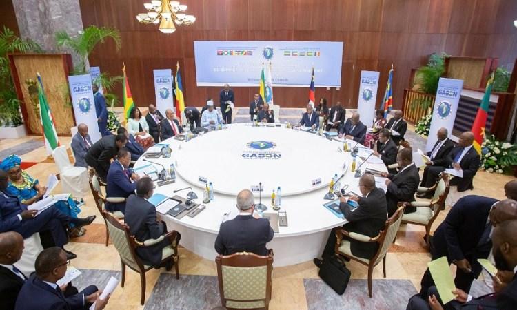 9e Sommet extraordinaire de la CEEAC : Ali Bongo Ondimba a bel et bien signé les rapports des travaux
