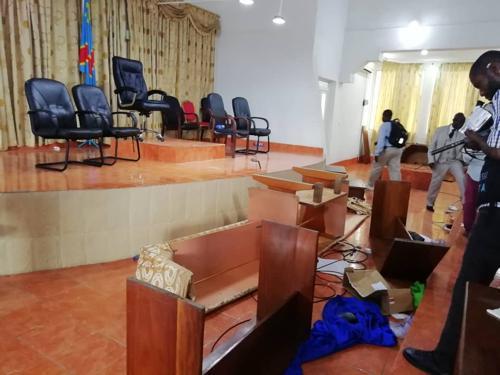 Kongo-Central : les députés provinciaux divisés sur la déchéance du gouverneur Atou Matubuana