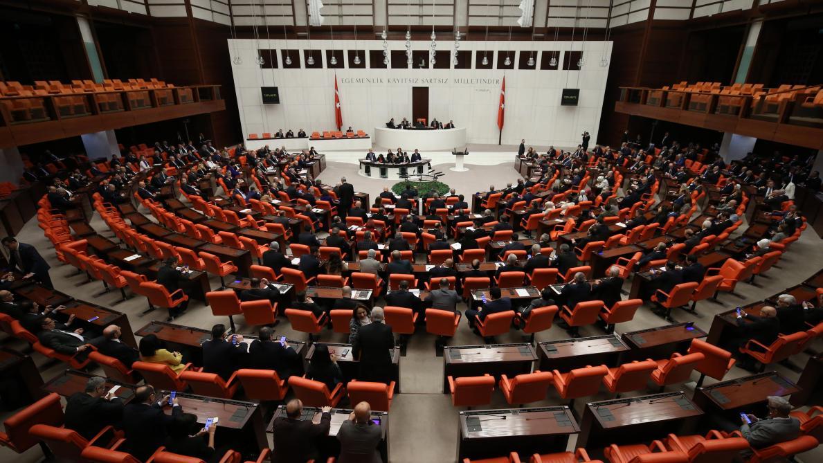 B9722102536Z.1 20200102160409 000GEMF7EFIM.2 0 - Le Parlement turc adopte une motion autorisant un déploiement en Libye