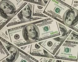 Deux trafiquants arrêtés avec de faux billets en dollars