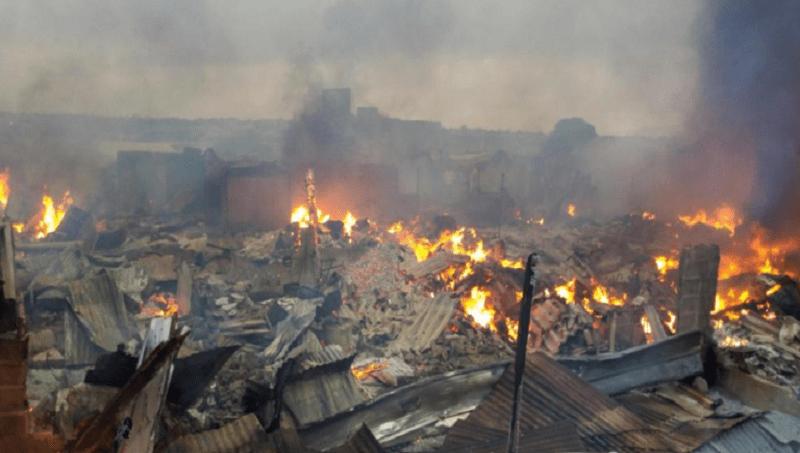 Côte d'Ivoire : pas de victimes mais de gros dégâts dans l'incendie du marché de Bouaké