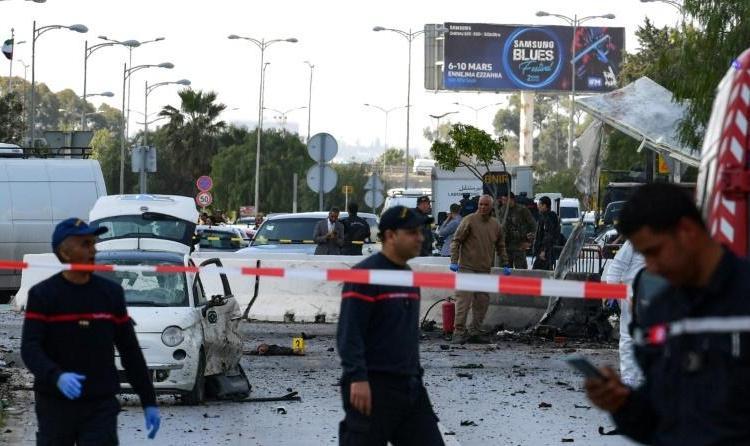 5b1693ac404977b46c2686b2375e06aa03c72c2c - Tunis: un double attentat suicide devant l'ambassade américaine fait six blessés
