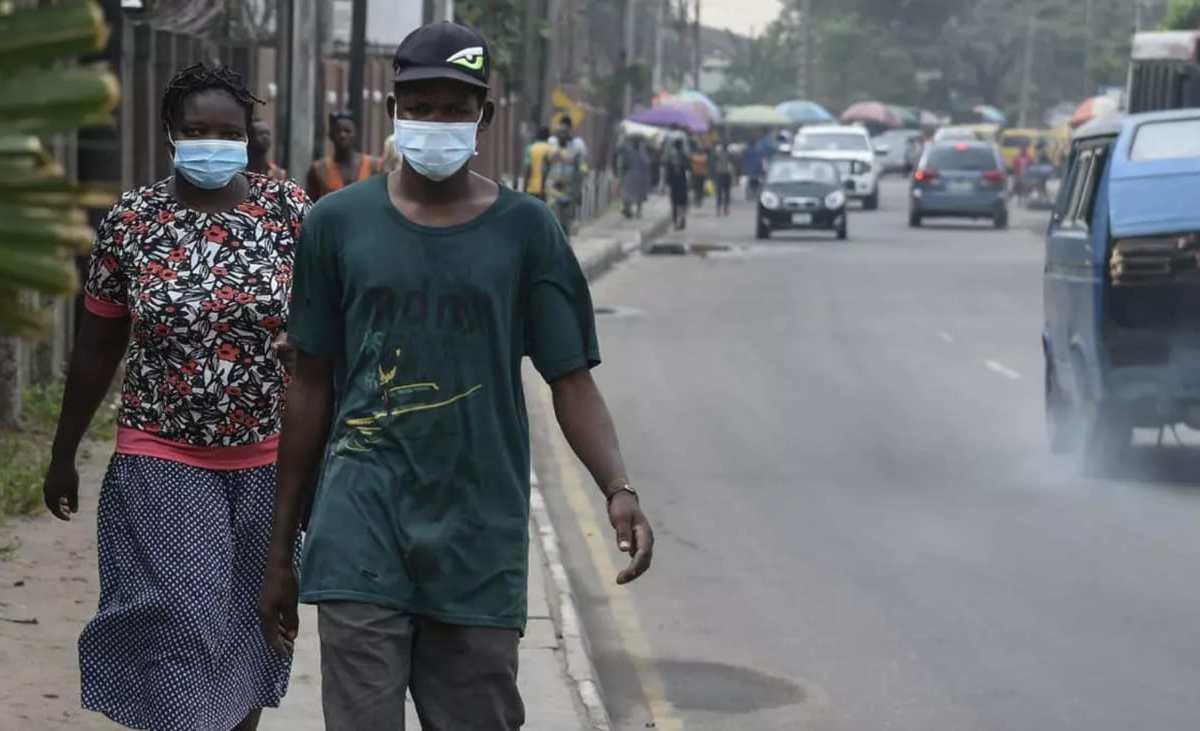 port du masque coronavirus afrique - Coronavirus: l'Angola annonce ses deux premiers morts