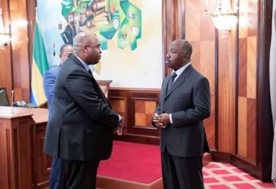 Ali Bongo tient toujours les manettes du pouvoir au Gabon selon Houangni Ambouroue en colère contre le député français MoDem Bruno Fuchs