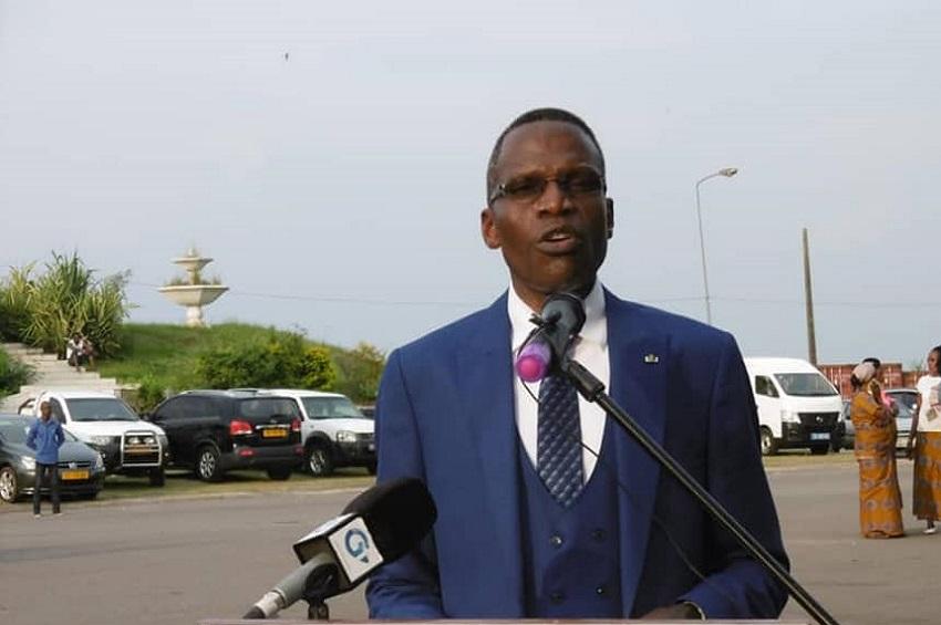 Lambert Noel Matha - Gabon : Retour du couvre-feu de 20 h à 5 h du matin, 200 000 francs d'amende maximale pour non port du masque