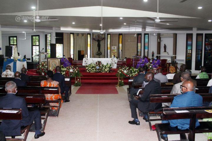 Hommage: le PDCI-RDA commémore le 27e anniversaire du décès de Félix Houphouët-Boigny à l'église Saint-Jean de Cocody