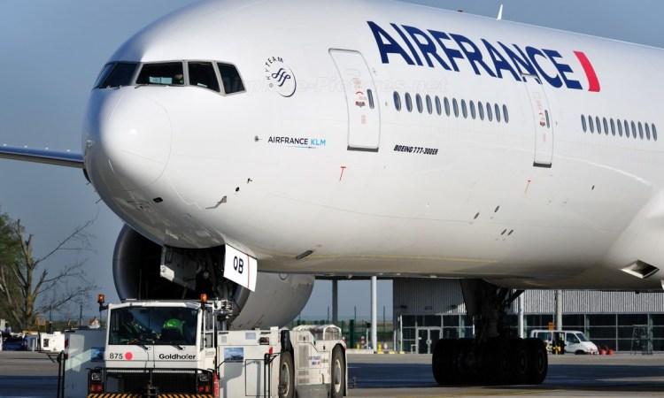 air france 1 - Transport aérien : Le nombre de passagers a chuté de 62 % en 2020