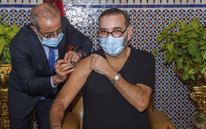 Coronavirus: le roi duMarocdonne le coup d'envoi de la campagne nationale de vaccination