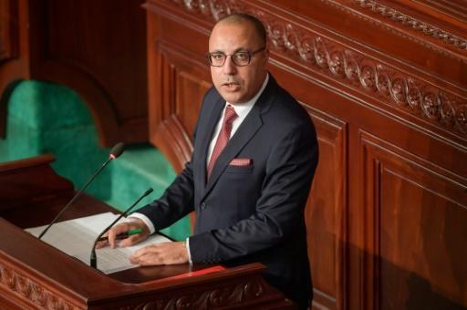 Tunisie: vote de confiance sous tension au Parlement