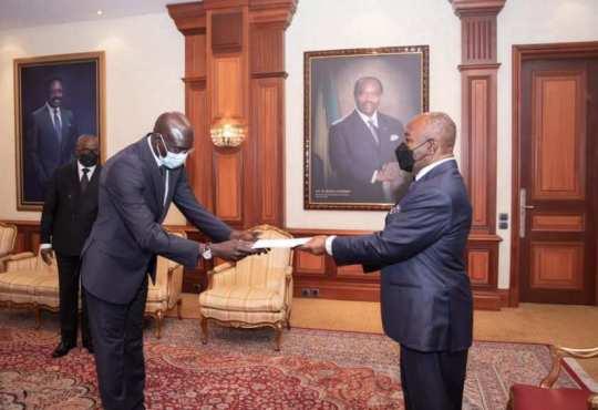 DiplomatieTrois nouveaux ambassadeurs chez Ali Bongo Ondimba - Diplomatie:Trois nouveaux ambassadeurs chez Ali Bongo Ondimba