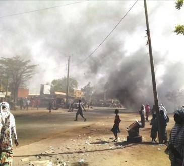 etudiants manifs 09 04 2019 BIS4 - RISE POST-ELECTORALE AU NIGER : Attention aux vieux démons !