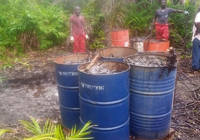 perenco pollution - Ogooué-Maritime : Pérenco poursuit ses opérations de dépollution