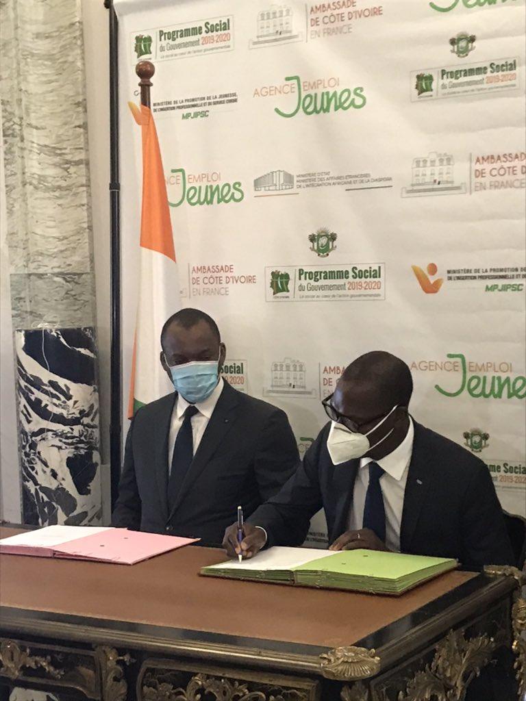 22mai E1 7XXwXsAQI4Yu - Signature d'un partenariat entre Pass Africa et la Côte d'Ivoire pour le développement des entreprises