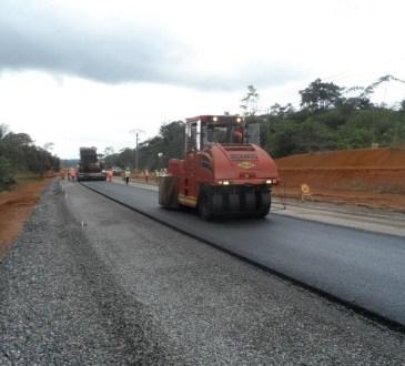 sag colas - Voiries : Colas promet de réhabiliter 40 infrastructures routières en 2 ans dans le Grand Libreville