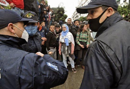 Législatives en Algérie: les islamistes rêvent de gouverner