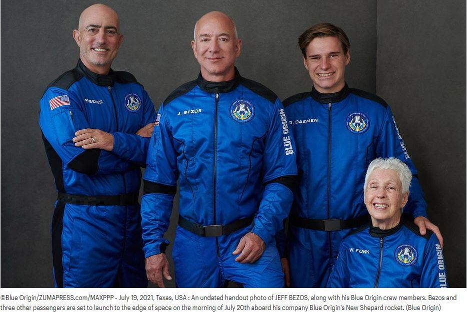 ©Blue Origin/ZUMAPRESS.com/MAXPPP - July 19, 2021, Texas, USA : An undated handout photo of JEFF BEZOS, along with his Blue Origin crew members. Bezos and three other passengers are set to launch to the edge of space on the morning of July 20th aboard his company Blue Origin's New Shepard rocket. (Blue Origin)