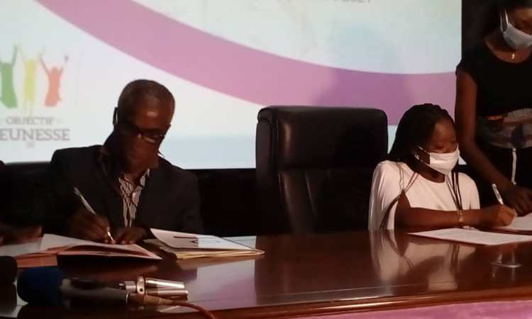 Congo/Société: Signature d'une convention de partenariat entre ''Objectif jeunesse 20'' et ''Don Bosco''