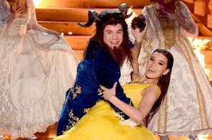 LOS ANGELES, CA - MAY 07: Host Adam DeVine and actor Hailee Steinfeld perform onstage during the 2017 MTV Movie And TV Awards at The Shrine Auditorium on May 7, 2017 in Los Angeles, California. (Photo by Kevin Winter/Getty Images)