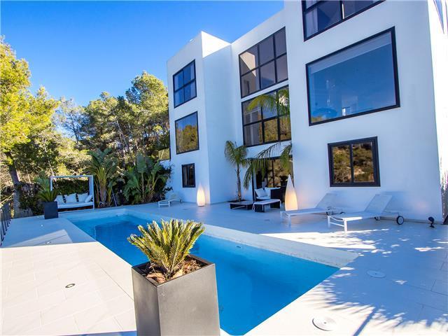 Villa rentals spain