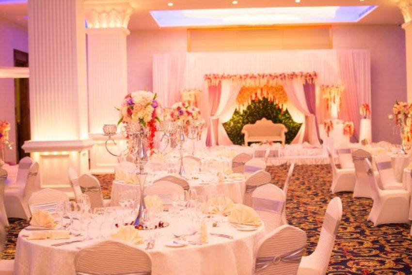 The Golden Crown Hotel Wedding Venues In Kandy Hitchbird