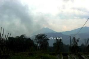 entah-gunung-apa