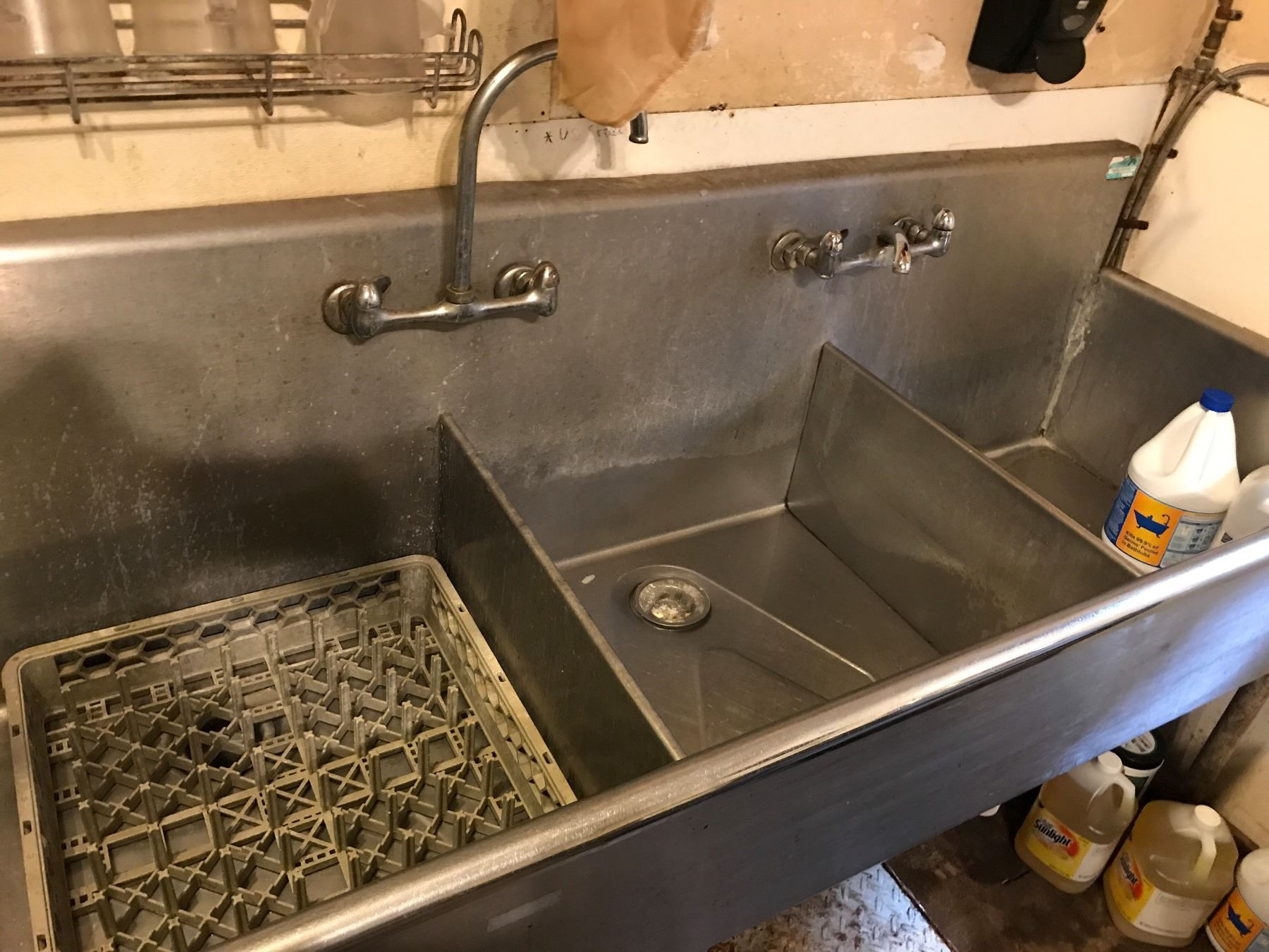 3 compartment sink with faucet fittings