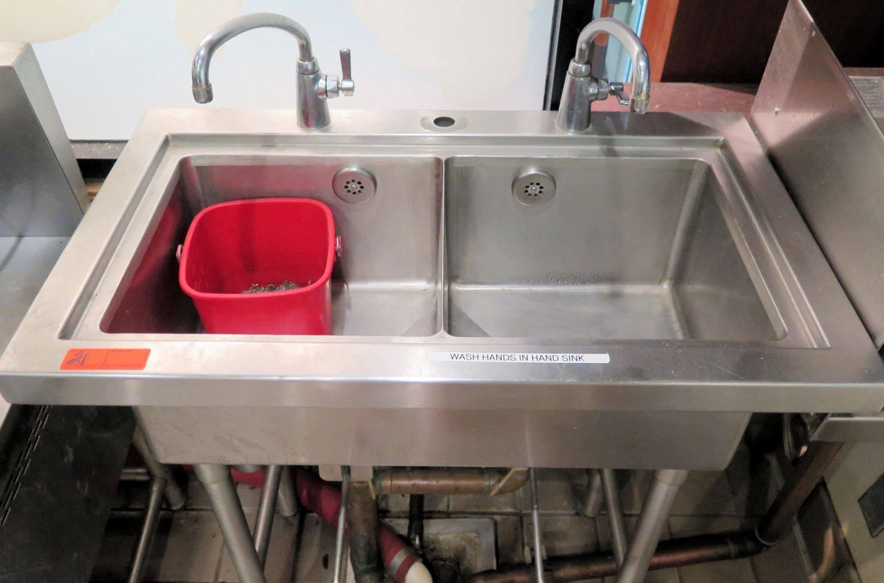 stainless steel double sink w 2
