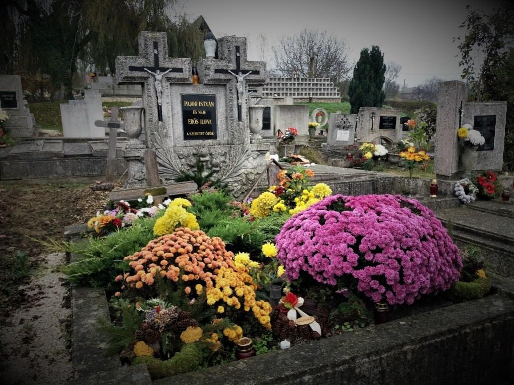 Double headstone at Sümeg Cemetery Hungary