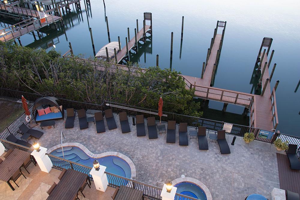 Hotel Zamora - Pool & Yacht Slips - St. Pete Beach Florida