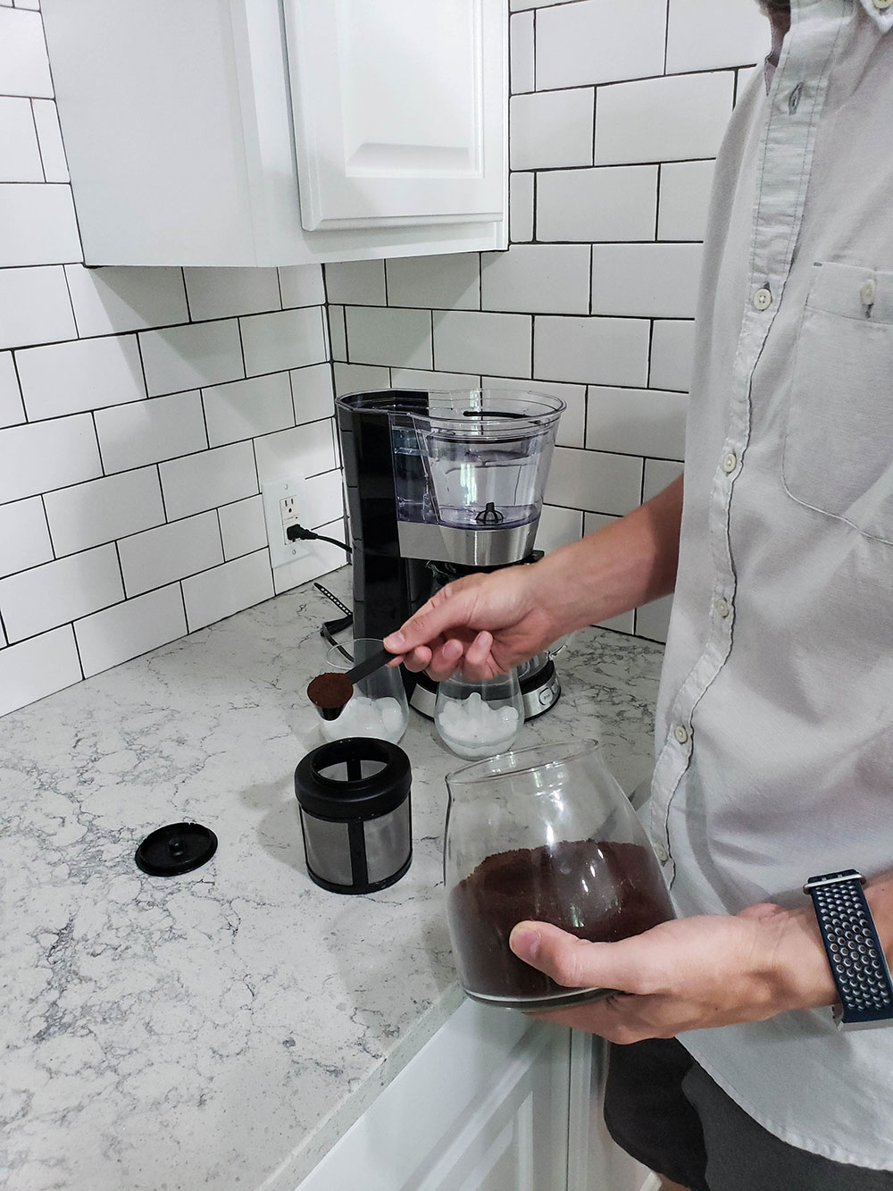 Filling the Cuisinart Cold Brew Automatic Coffee Maker Coffee Basket