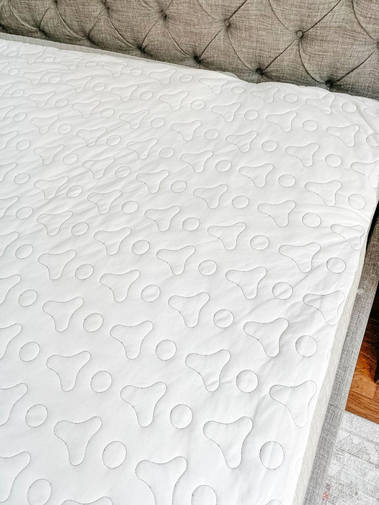 Chilipad Ooler water cooled bed topper