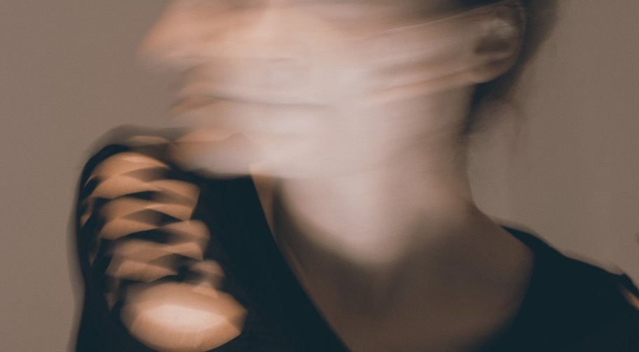 Woman turning head Photo by Carolina on Unsplash