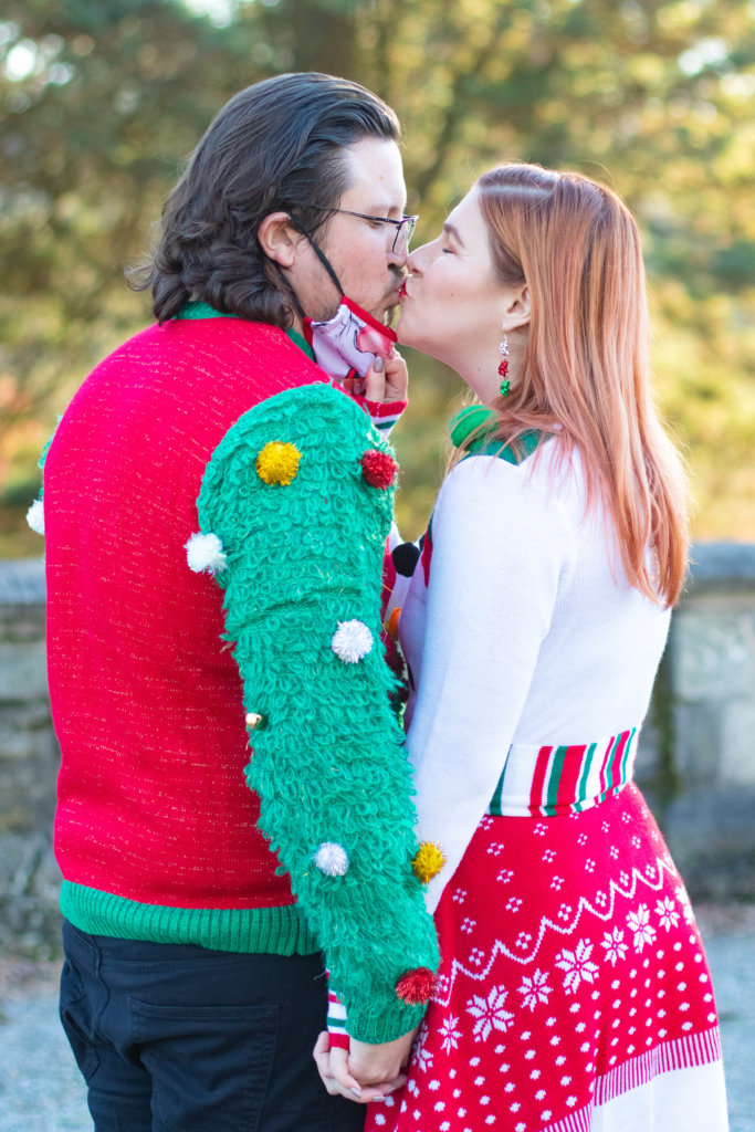 Couples Holiday Session at Greystone Hall 11