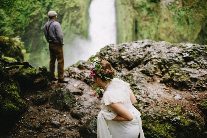 wahclella-falls-elopement-0010