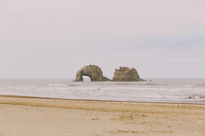 oregon-coast-cliff-wedding-0004