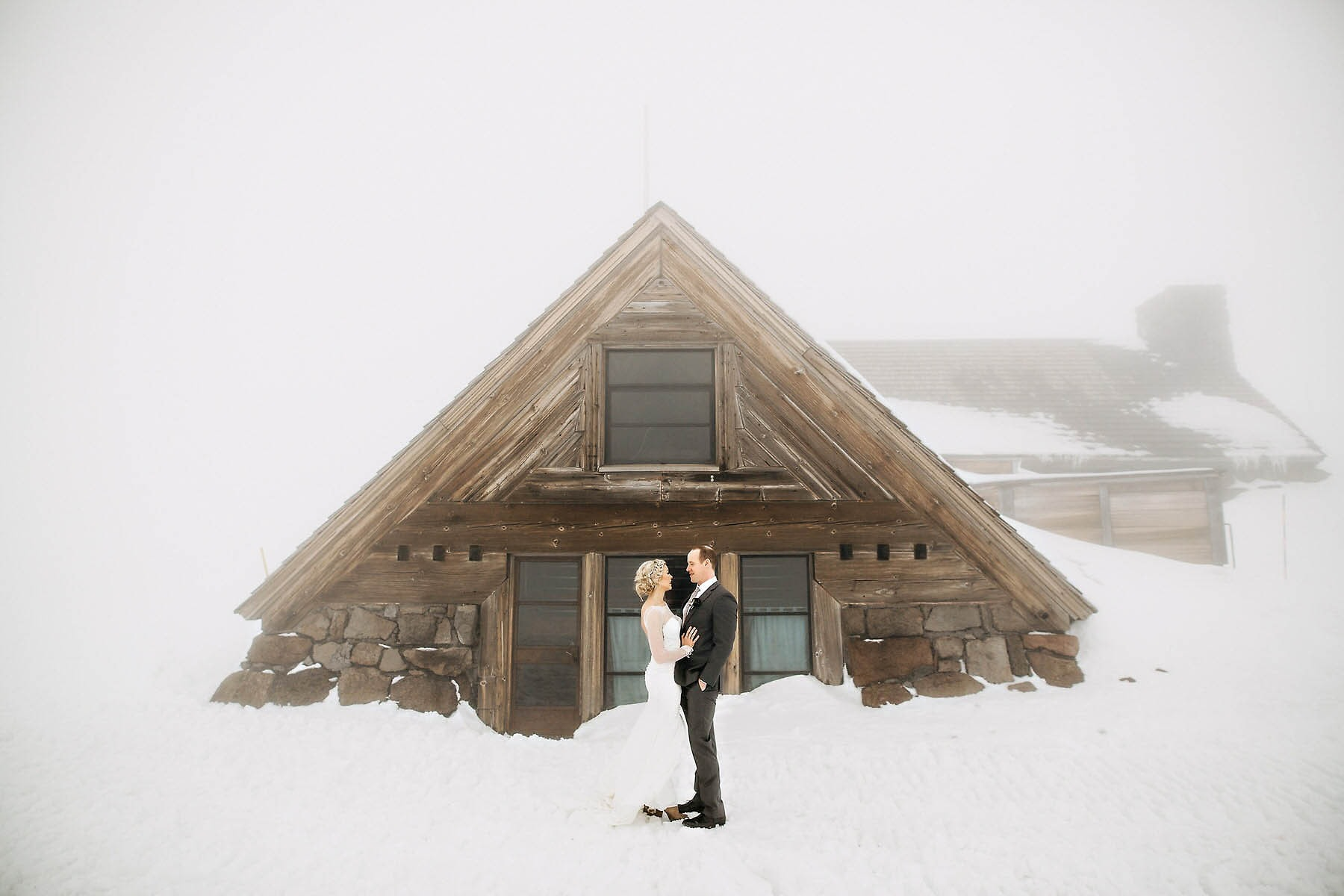 silcox hut timberline lodge wedding photo