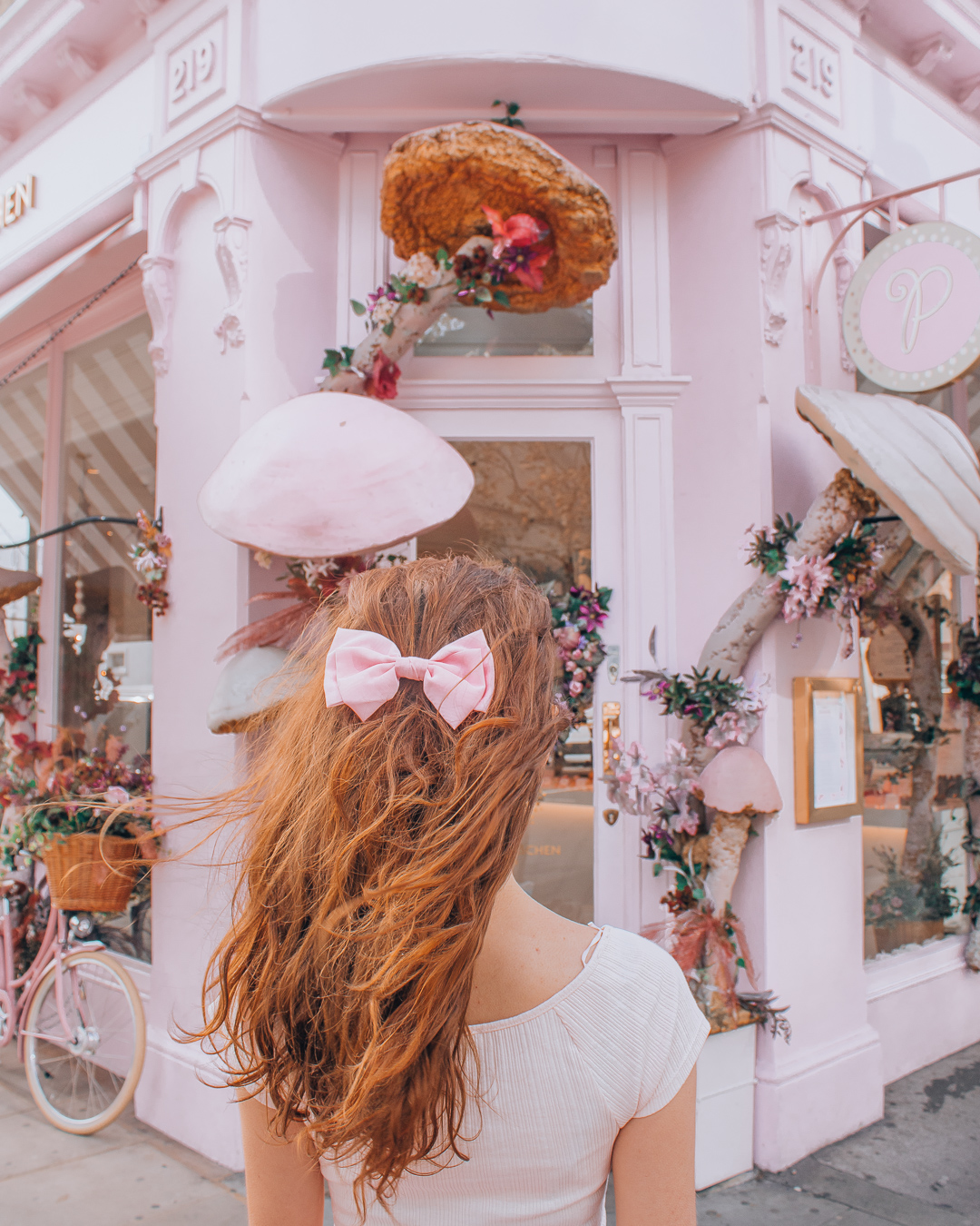 Girl in front of Peggy Porschen London