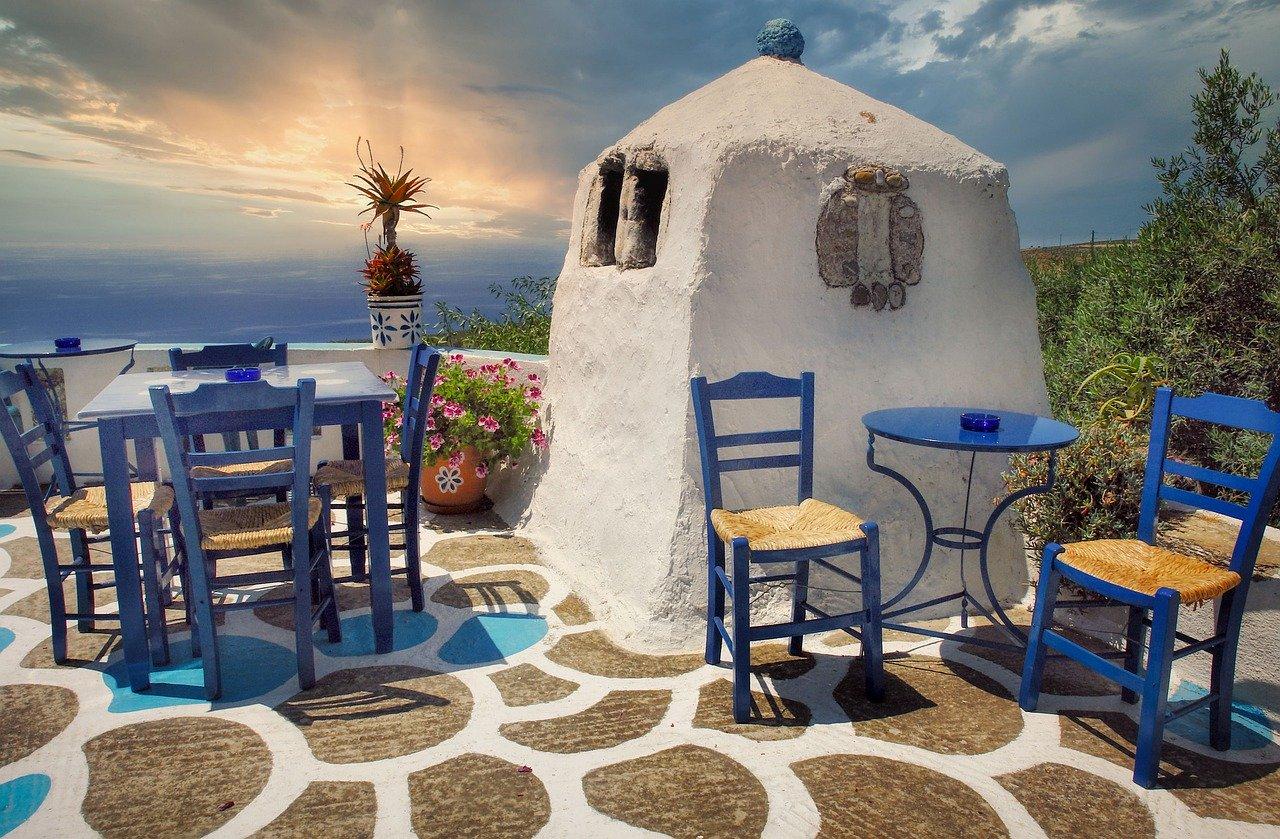 Seats in Crete