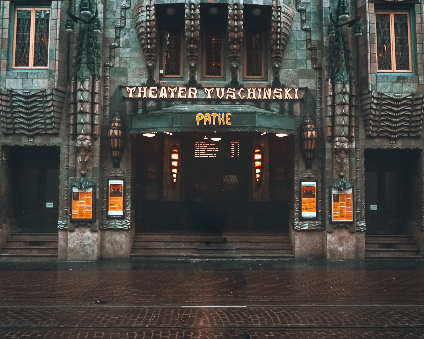 Theater Tuschinski Amsterdam