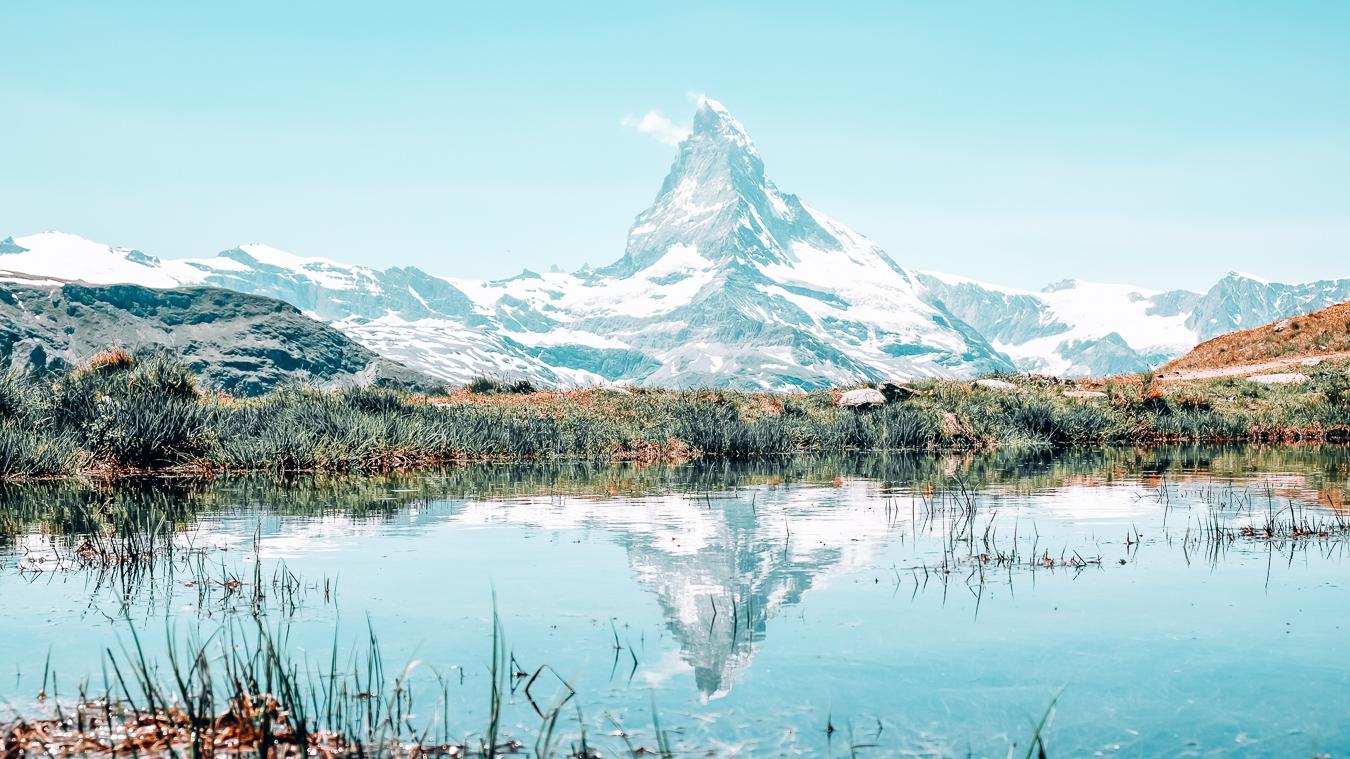 A lake and Matterhorn Mountain in Zermatt