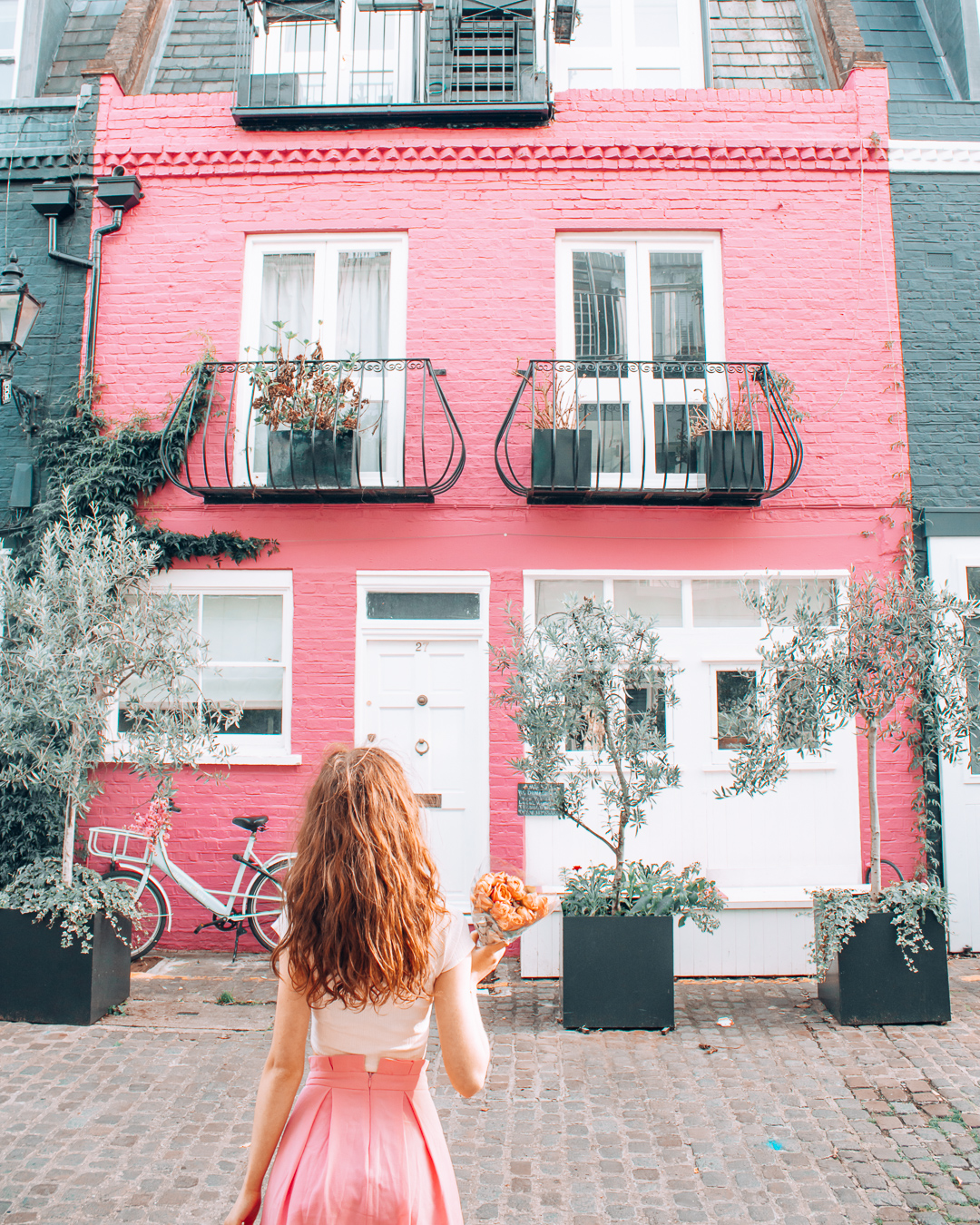 A pretty pink house in London