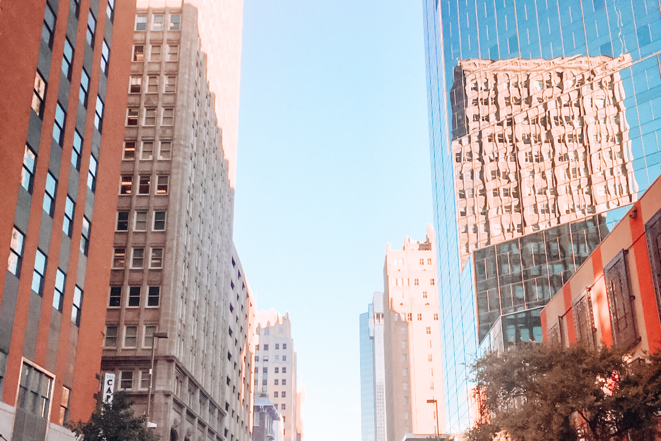 Buildings in the center of Fort Worth