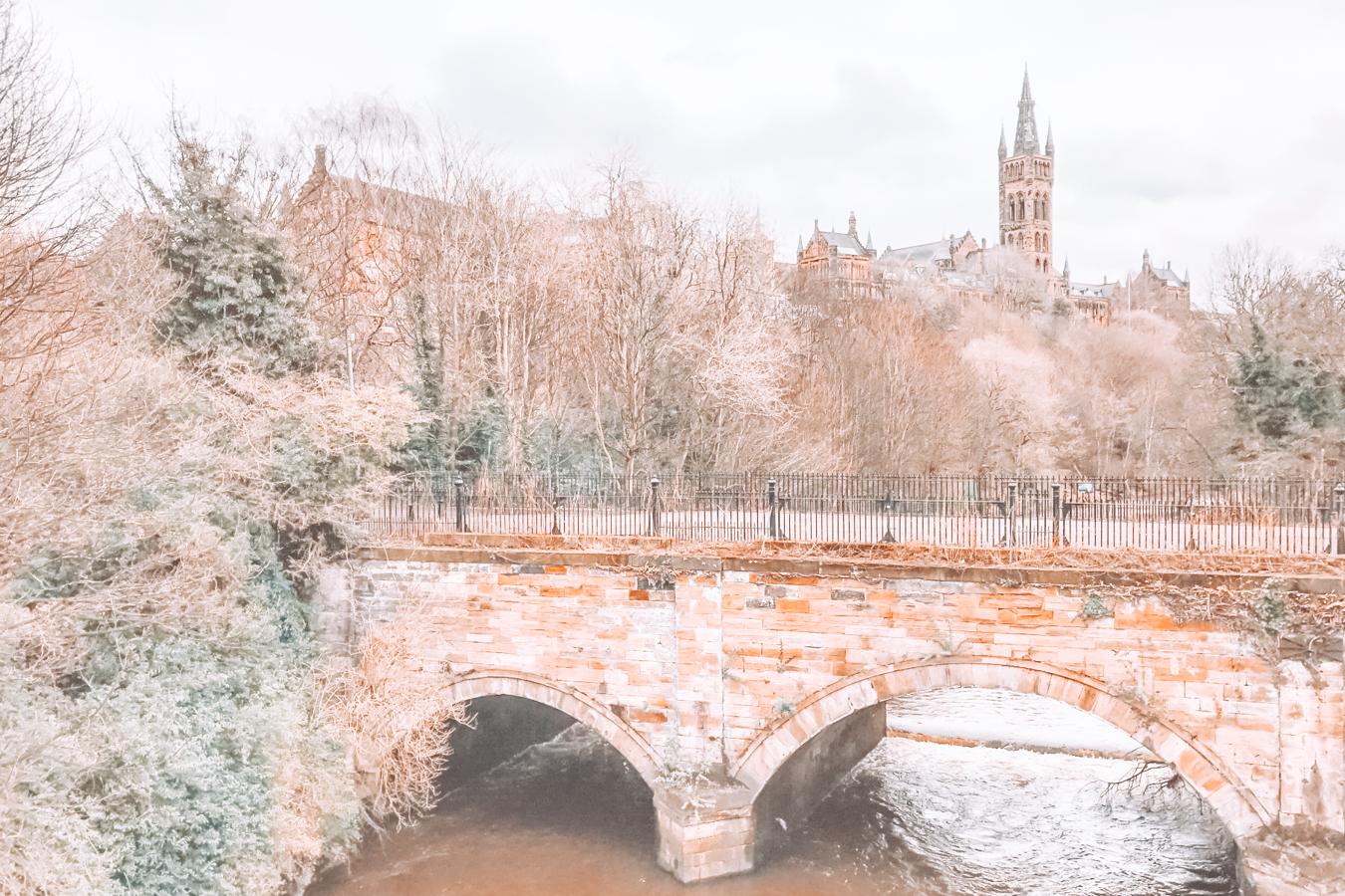 Bridge and nature in Glasgow