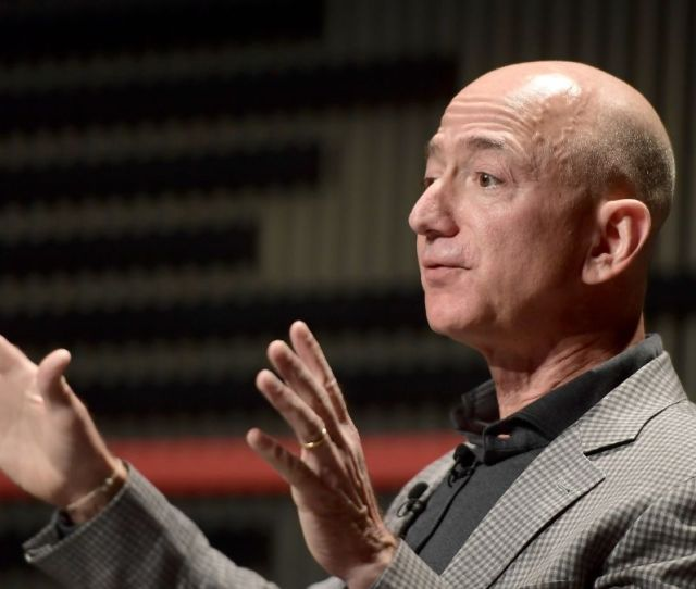 Jeff Bezos Lands An 80 Million Dollar Deal On New York City Condos Cnn