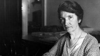 Planned Parenthood will remove its founder Margaret Sanger's name over her views on eugenics - CNN