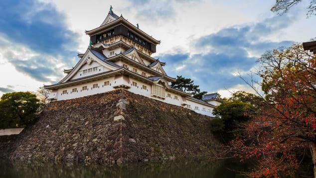 Kokura Castle in Kitakyushu is just one of many places to explore off the beaten path in Fukuoka.