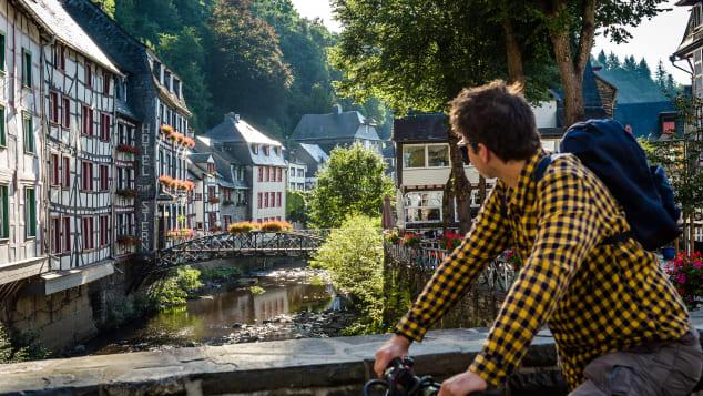09-germany-places-Monschau-Altstadt