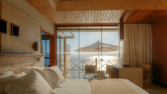Ponta dos Ganchos has 25 ocean-facing bungalows.