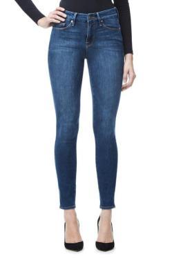 Jeans. Photo Credits: Good American
