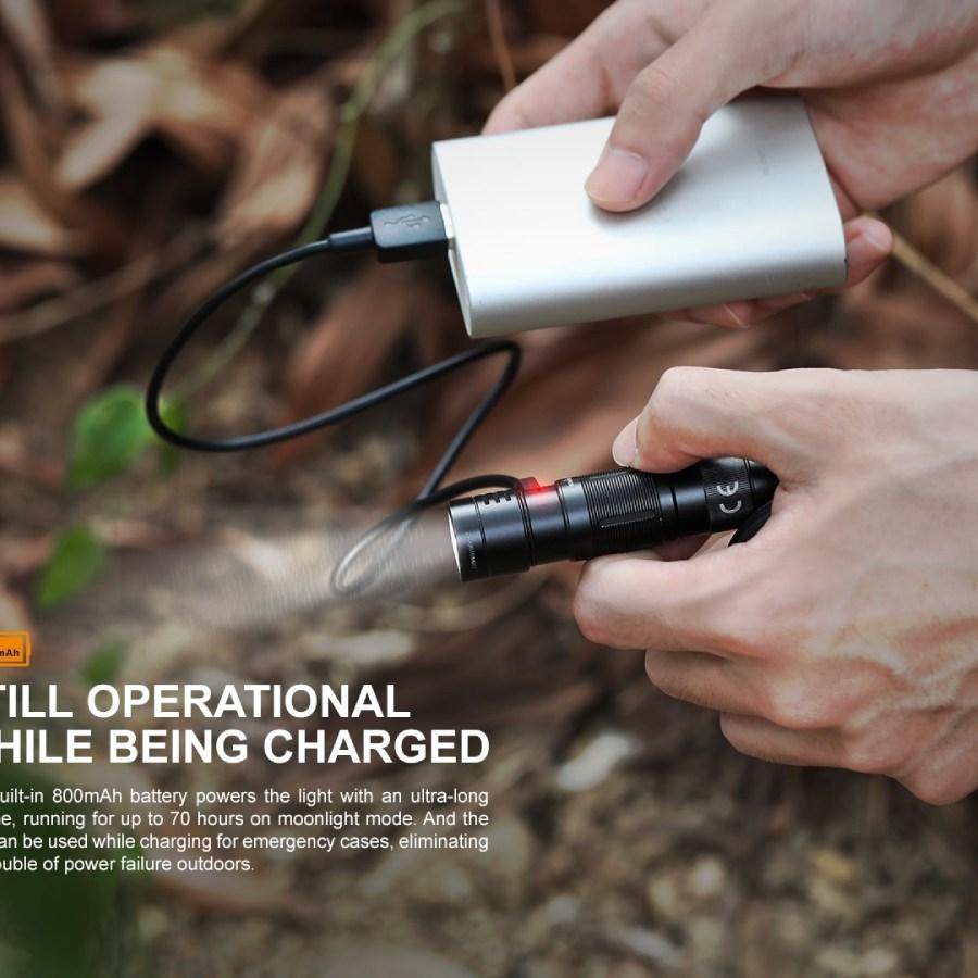 Nabíjacia LED baterka Fenix E09R